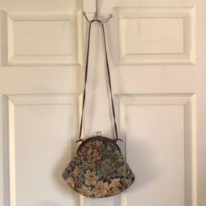 Vintage floral embroidered tapestry bag